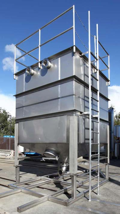 Square stainless steel rainwater tank